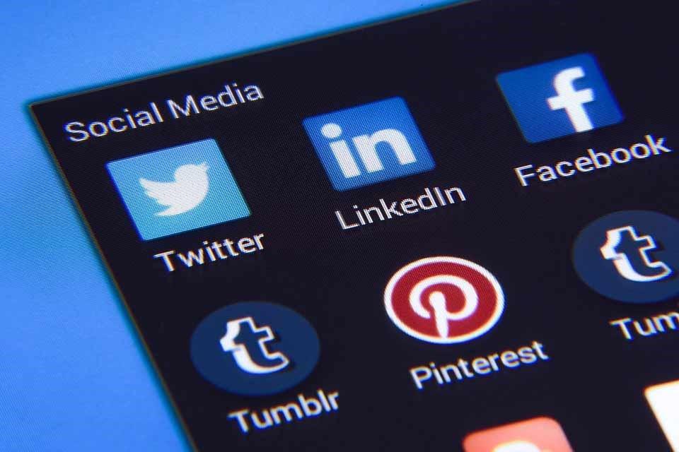Les réseaux sociaux: moyen de recrutement