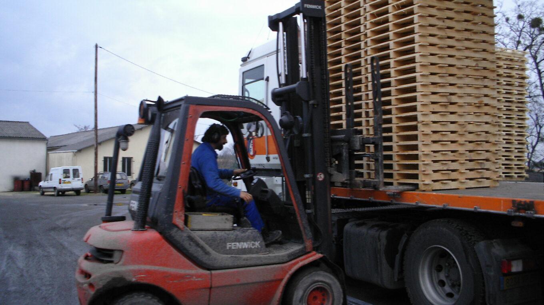 Chargement de marchandisessur un camion
